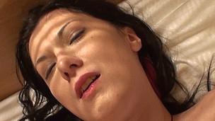 Sarah Darksome bonks a dick until cumpletion