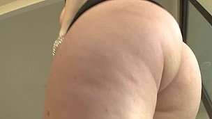 Jena gives a sloppy raw bj and then gets rewarded with some 69 action.