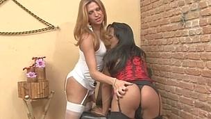 Nicole&Patricia leggy trannies on movie