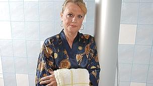 Horny older floosie getting impure in her baths