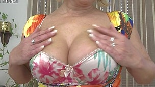 Horny older slut likes to play with her wet bawdy cleft